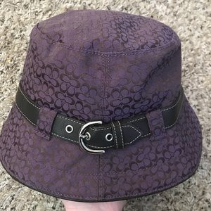 Coach soho vintage signature bucket rain hat EUC
